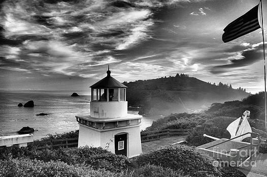 Adam Jewell - Trinidad Light In Black And White