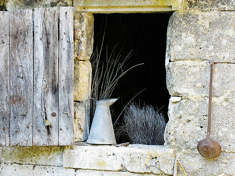 Randi Kuhne - Troglodyte Window