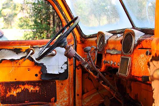 Truck Inners by Ruben  Flanagan