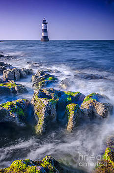 Darren Wilkes - Trwyn Du Lighthouse