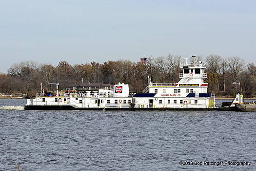 Tug Richard E Waugh by Bob Petzinger