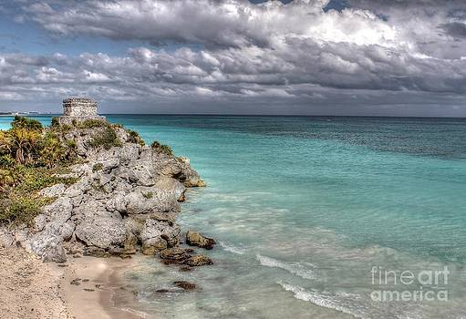 Ines Bolasini - Tulum Ruins at the beach