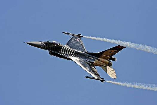 Turkish F 16 by Paul Scoullar