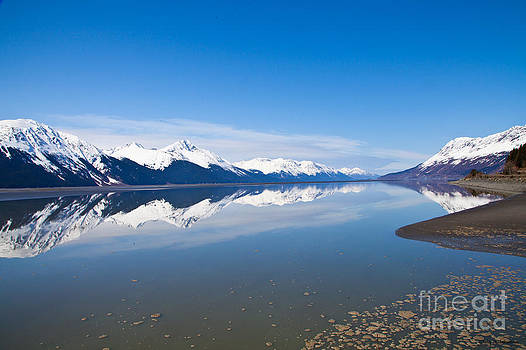 Turnagain Arm by Chris Heitstuman