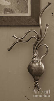 Kathi Shotwell - Turnip door handle Heidi Erickson sculpture