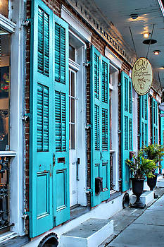 Turquoise on Royal by Lynn Jordan