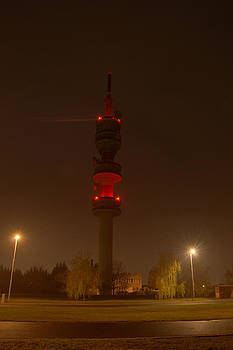 Peter Kallai - TV tower by night