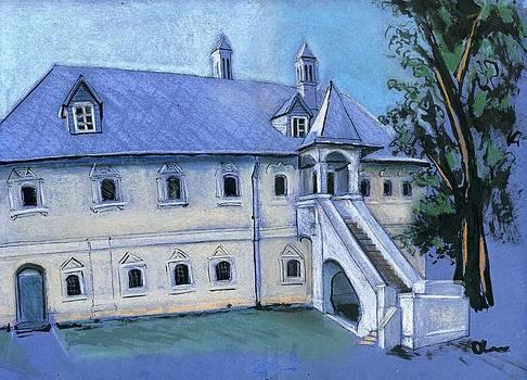 Tverskoye Courtyard Chambers by Lelia Sorokina