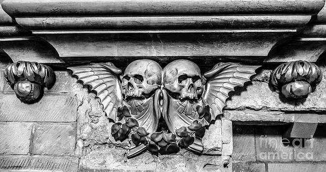 Ian Monk - Twin Winged Skull with Laurel Detail - Southwark Cathedral - London - England - Black and White