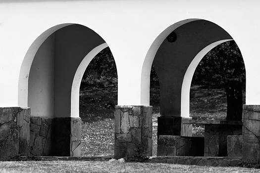 Two arcs by Goyo Ambrosio