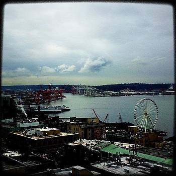 Two Ferries And A Great Wheel by Kevin Smith