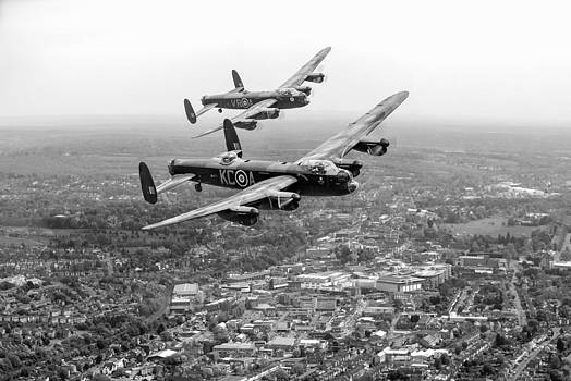 Gary Eason - Two Lancasters over High Wycombe black and white version