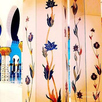UAE's biggest mosque  by Dye n  Design