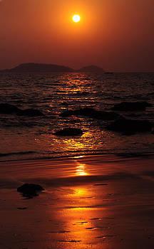 Jenny Rainbow - Ultimate Time of the Day. Goan Coast. India