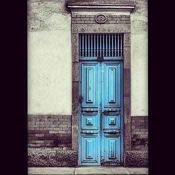 Una Bella #puerta Muy Cerca De La by Katalina Fuentes
