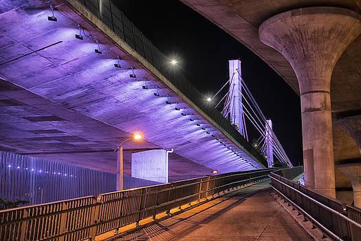 Under the Bridge by Alejandro Tejada