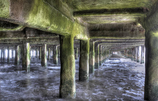 Fizzy Image - under the pier