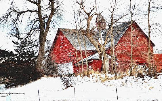 Unique Barn by Michelle  Ressler
