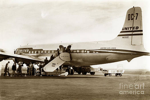 California Views Archives Mr Pat Hathaway Archives - United Air Lines DC7 N6312C circa 1955