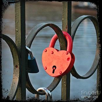 Unlock My Heart by Jindra Noewi