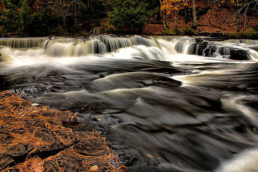 Matthew Winn - Upper Bond Falls in Autumn
