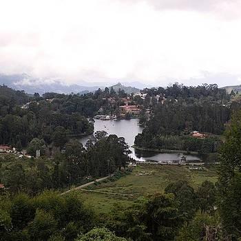 Upper Lake View. Kodaikanal by Srivatsa Ray