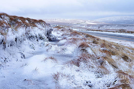 Upper Teesdale in Snow by Rob Smith