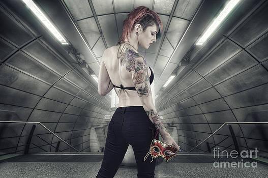 Yhun Suarez - Urban Angel 6.0