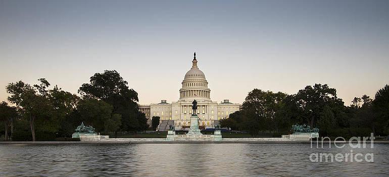US Capital Building Washington DC by Dustin K Ryan