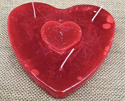 Valentine's candle by Georgina Noronha