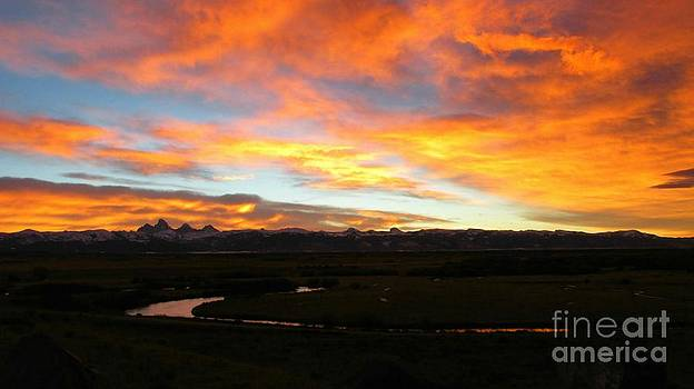 Valley Sunrise by Janice Westerberg