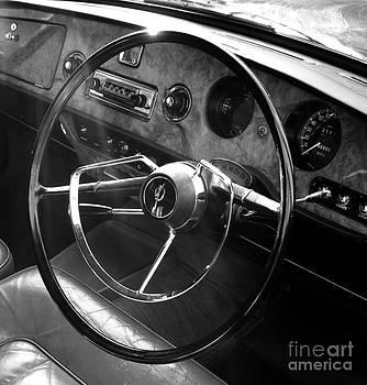 Malcolm Suttle - Vanden Plas Dash 2