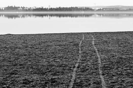 Vanishing Point by Matti Ollikainen