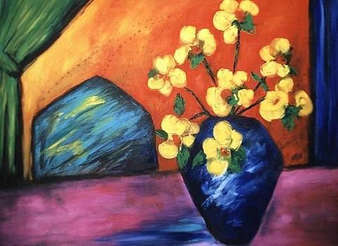 Vase by Lynn Buettner