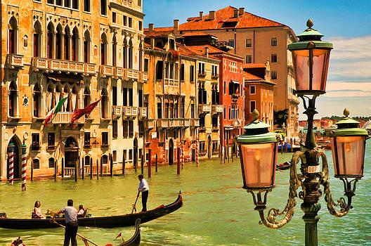 Mick Burkey - Venice Street Lamp