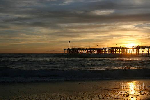 Ian Donley - Ventura Pier 01-10-2010 Sunset