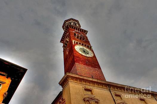 Ines Bolasini - Verona Clock