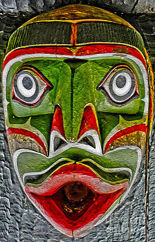 Gregory Dyer - Victoria Island Totem - 02