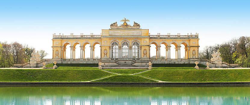 Vienna - Gloriette - Schoenbrunn by Marc Huebner