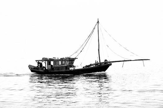 Chuck Kuhn - Vietnam boat fish