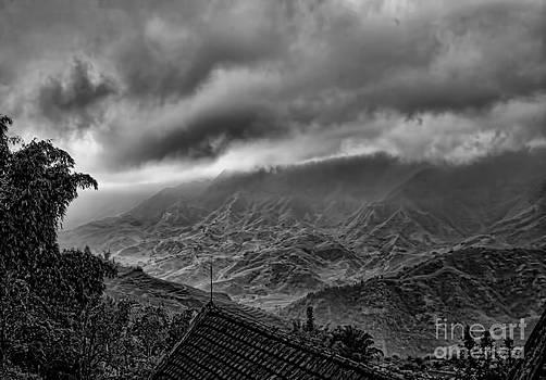 Chuck Kuhn - Vietnam Sapa Hills