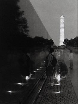 Vietnam Wall at Night by Gary Auerbach