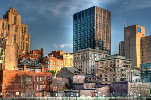 vieux Montreal by Elisabeth Van Eyken
