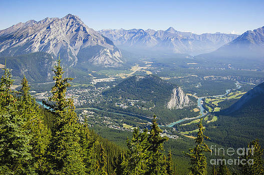 Oscar Gutierrez - View of Banff Canada