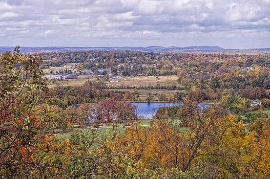 View of Mountain View Arkansas by Bonnie Barry