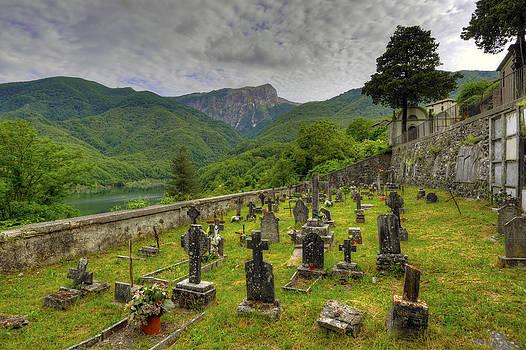 Matt Swinden - Vigli Sotto Cemetery  2