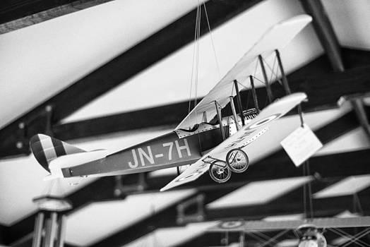 Vintage Aeroplane by Sun Wu