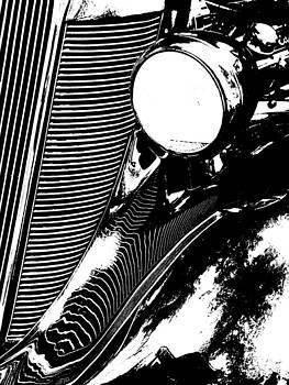 Nicki Bennett - Vintage Black and White Auto