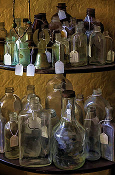 Lynn Palmer - Vintage Bottles and Glass