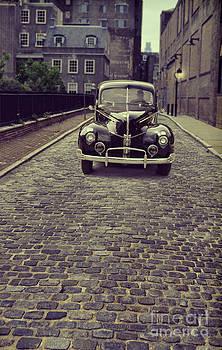 Jill Battaglia - Vintage Car on Cobbled Street